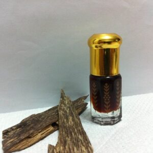 agarwood-oil-perfume